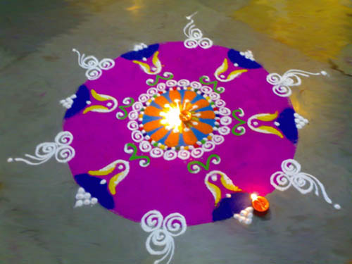 20 Amazing Free hand Rangoli Designs for Competition 5