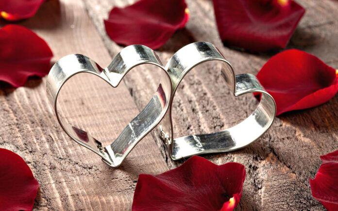Online valentine gifts in india